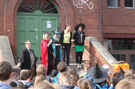 Zauberschule Trolleburg_001